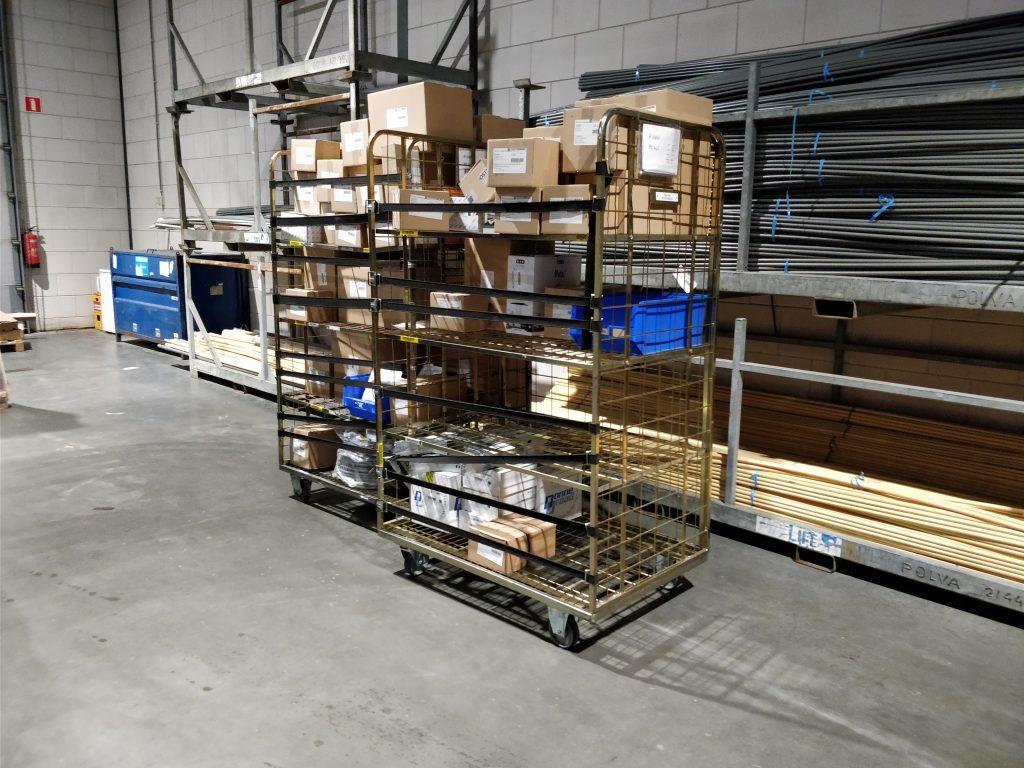 pakket en pallet opslag en overslag Roosendaal
